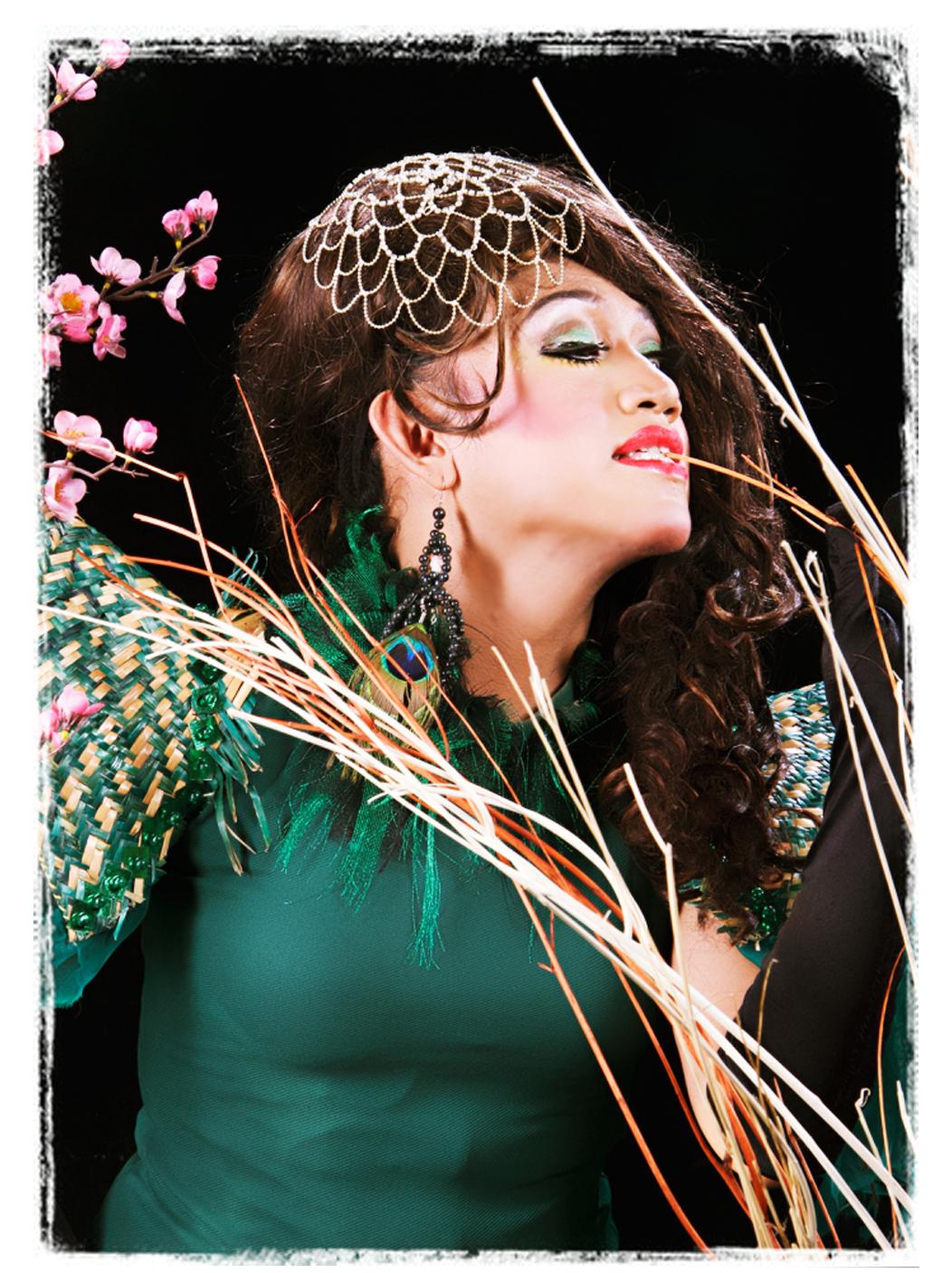 Tiara fabulous_photo by Mirror Studio